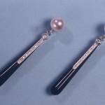 orecchini pendenti con perle, diamanti e onice